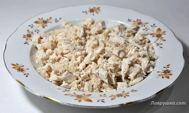 Салат нежность с курицей и грибами фото